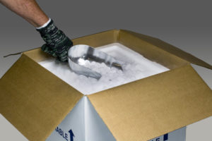 3PL offers dry ice packaging process in cold chain solutions