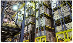 Cold chain operators / a cold chain 3PL operates in a warehouse designed for cold chain logistics.