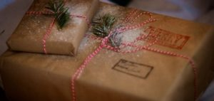 Holiday shoppers packaging